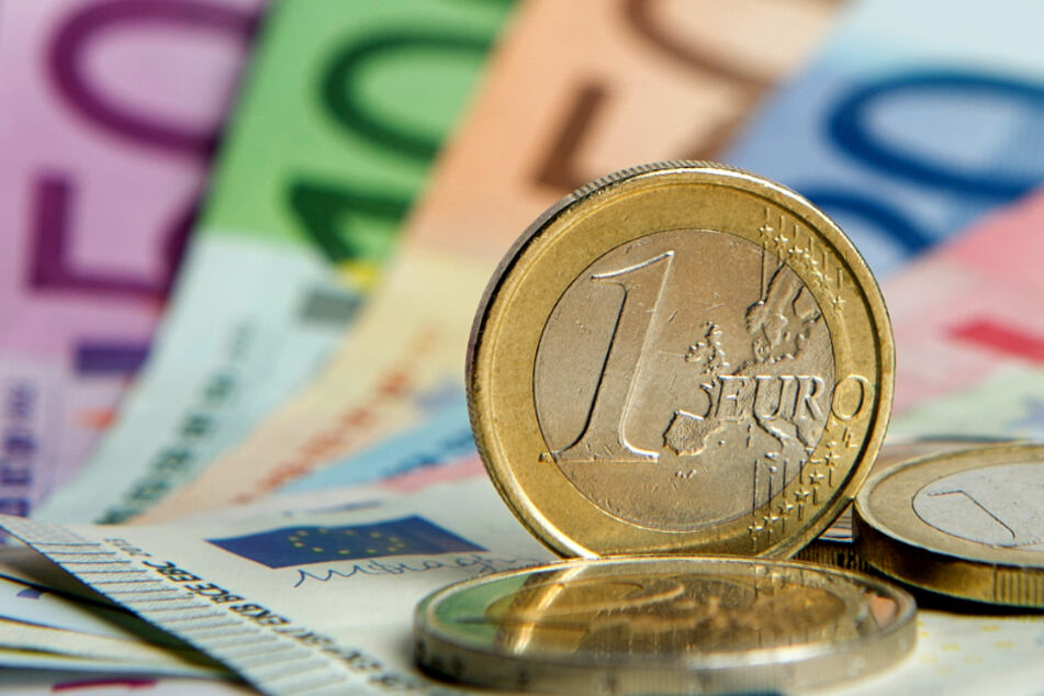 Hessen erwartet wegen der Corona-Krise einen massiven Einbruch der Steuereinnahmen (Symbolbild).