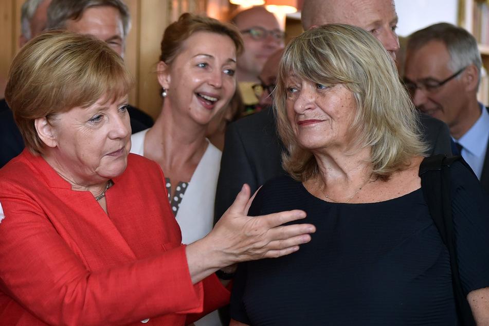 Alice Schwarzer (78, r.) mit Kanzlerin Angela Merkel (67, CDU) im Jahr 2017.