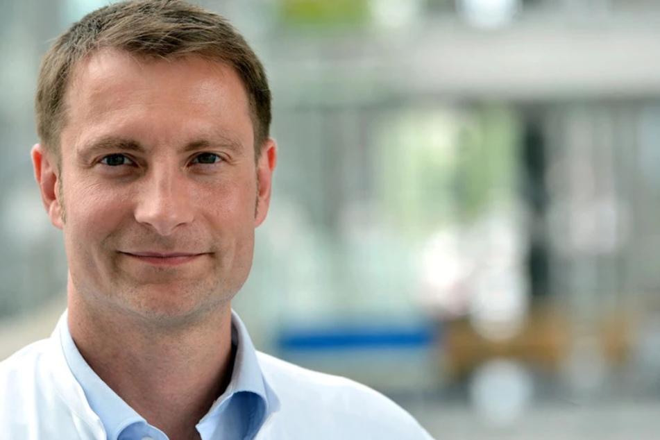 """Der Jenaer Infektiologe Mathias Pletz ist Gast im MDR-Talk """"Fakt ist!"""" aus Erfurt."""