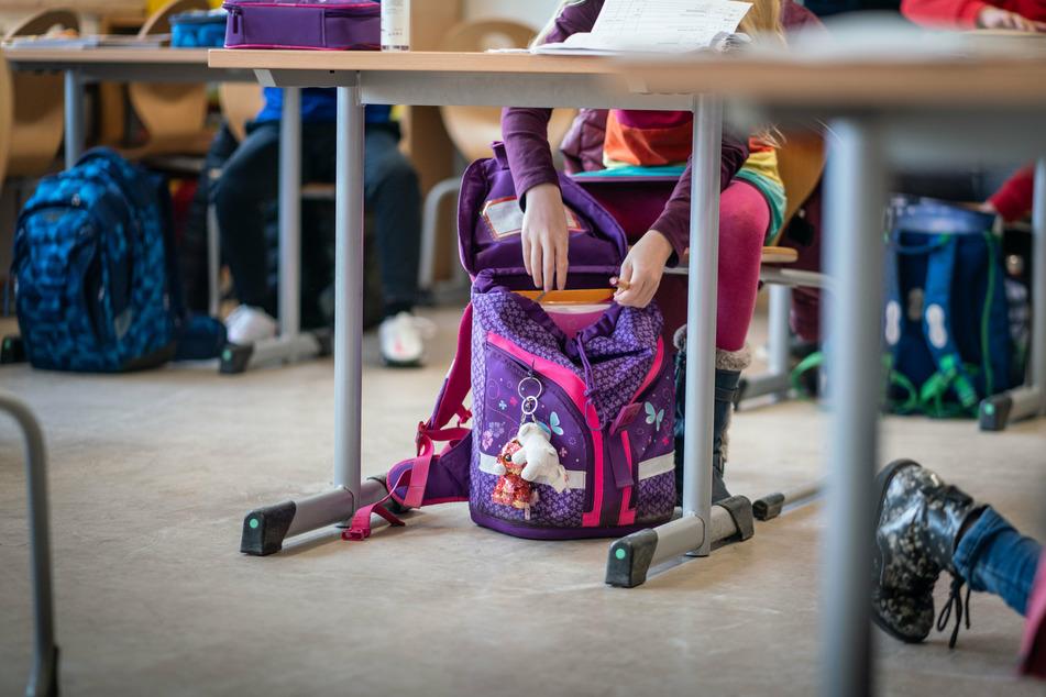 Kitas und Schulen ab Montag in einigen Teilen Sachsens wieder dicht!