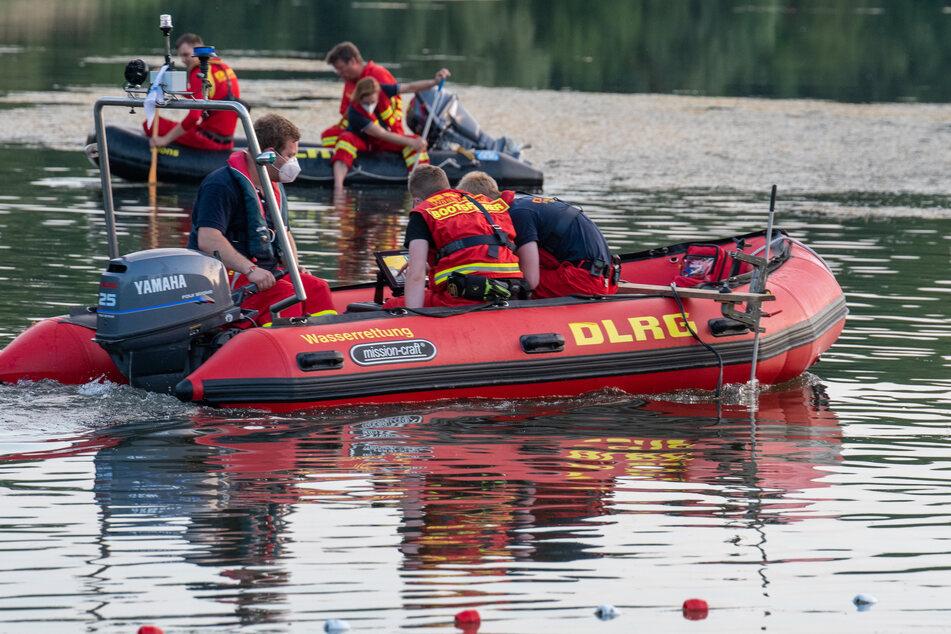 Tragischer Badeunfall: 19-Jähriger ertrinkt in Baggersee