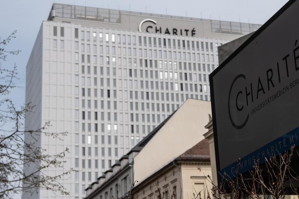 Die Berliner Charité betrachten die dritte Welle mit Sorge. Die Zahl der Corona-Kranken auf den Intensivstation ist auch in der Charité deutlich gestiegen.