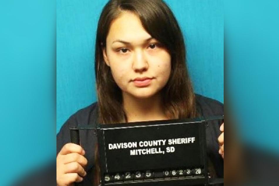 Julia Lee Carter (21) wird beschuldigt, das Kind (5) ermordet zu haben.