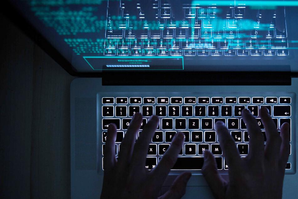 Hacker greifen die Bundeswehr an: Spitzenpolitiker in Gefahr?