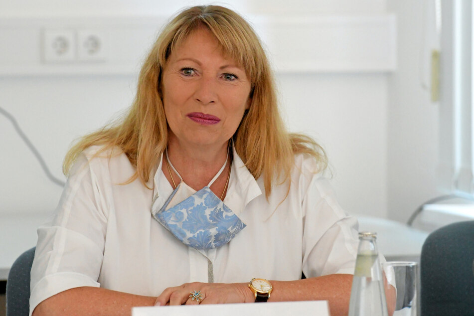 Sachsens Gesundheitsministerin Petra Köpping (62).