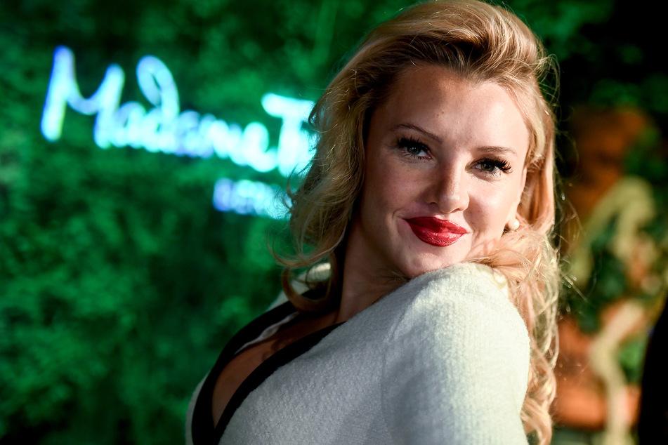 Reality-TV-Sternchen Evelyn Burdecki (31) mit ihrer echten Nase.