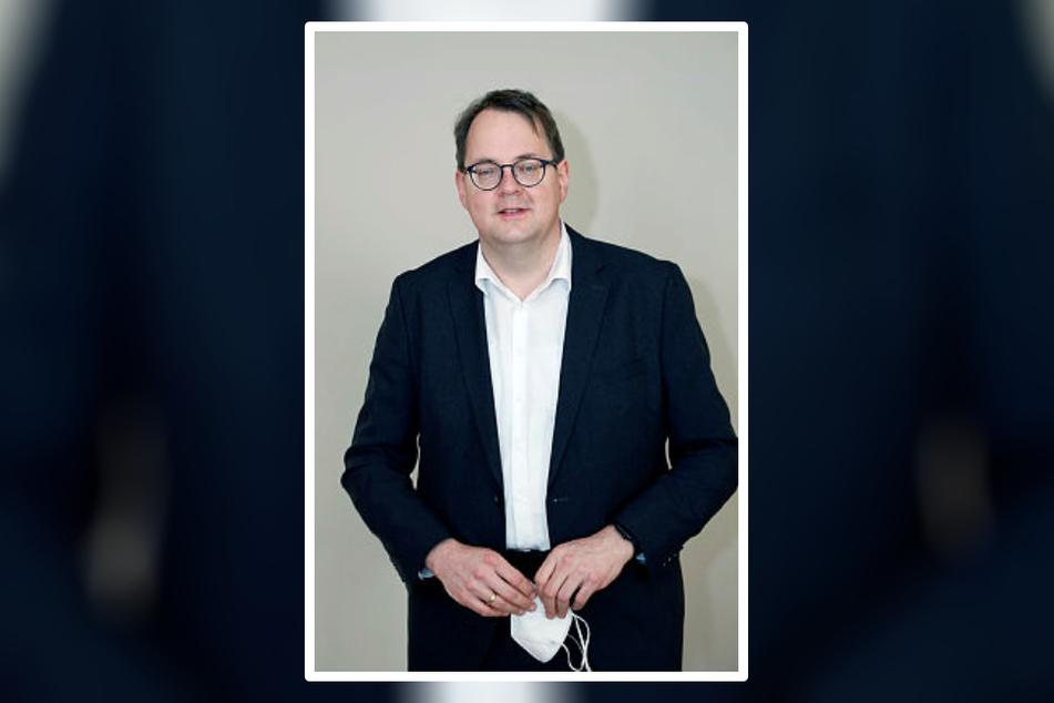Während die Linke auch in Leipzig abschmierte, verteidigte deren Direktkandidat Sören Pellmann (44) seinen Wahlkreis und verhalf seiner Partei so doch noch zum Einzug in den Bundestag.