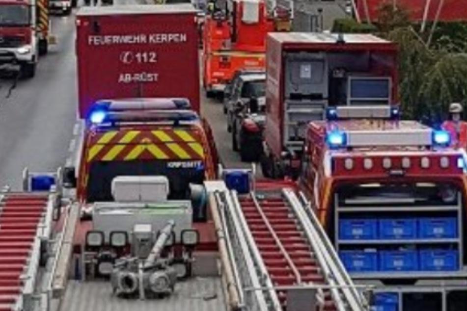 Chemie-Unfall in Kerpen: Mann hantiert mit Stoff, dann kommt es zur Explosion