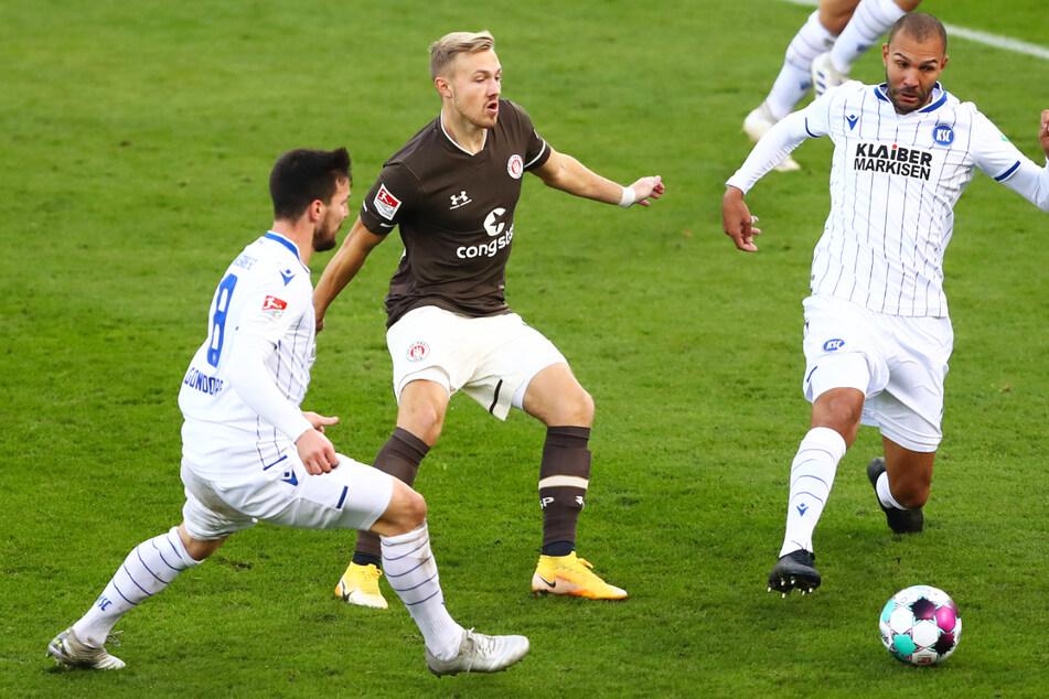 Lukas Daschner (22, Mitte) schoss das Tor für den FC St. Pauli. (Archivbild)