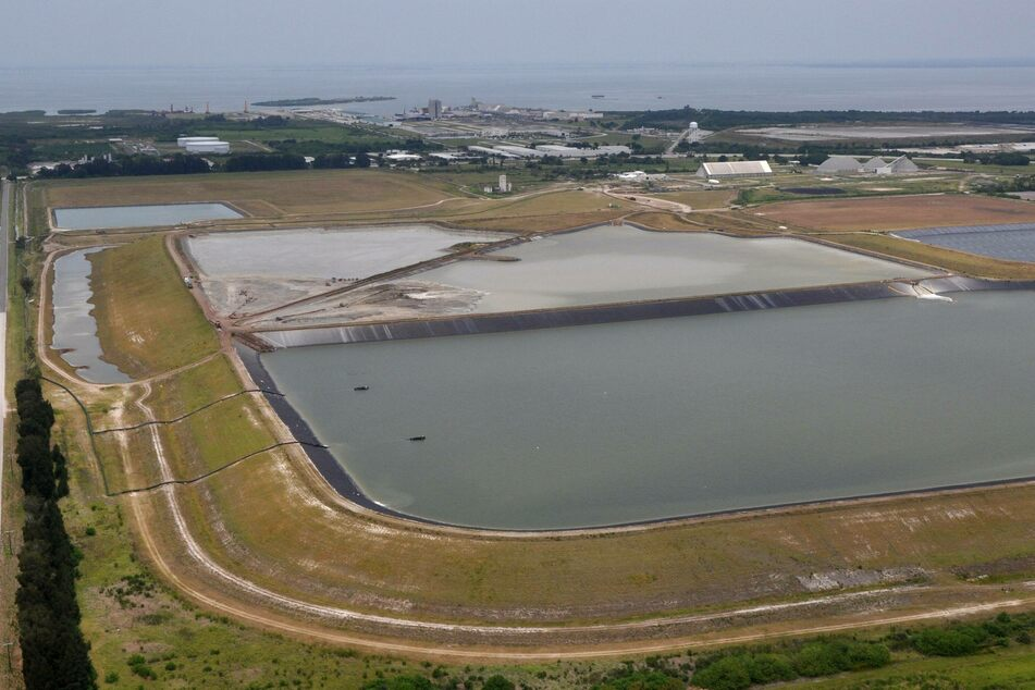 Still stinky: how bad is the giant leak in Florida's sewage pond?