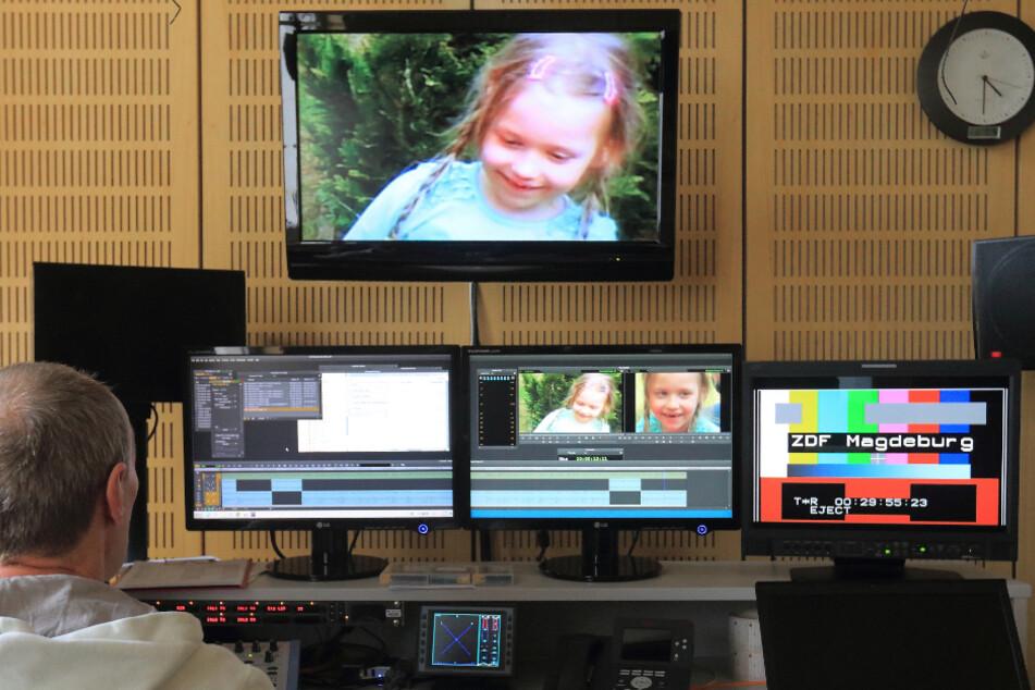 """An einem Beitrag über die vermisste Inga aus Schönebeck für die Fernsehsendung """"Aktenzeichen XY... ungelöst"""" wird im ZDF Landesstudio in Magdeburg gearbeitet."""