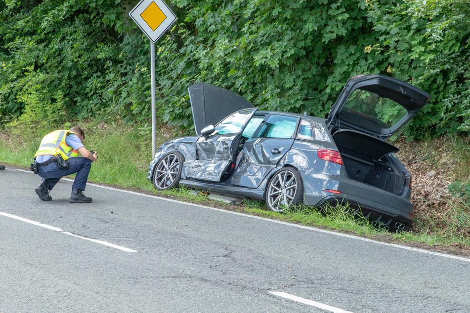 Zwei Verletzte bei Kreuzungs-Crash