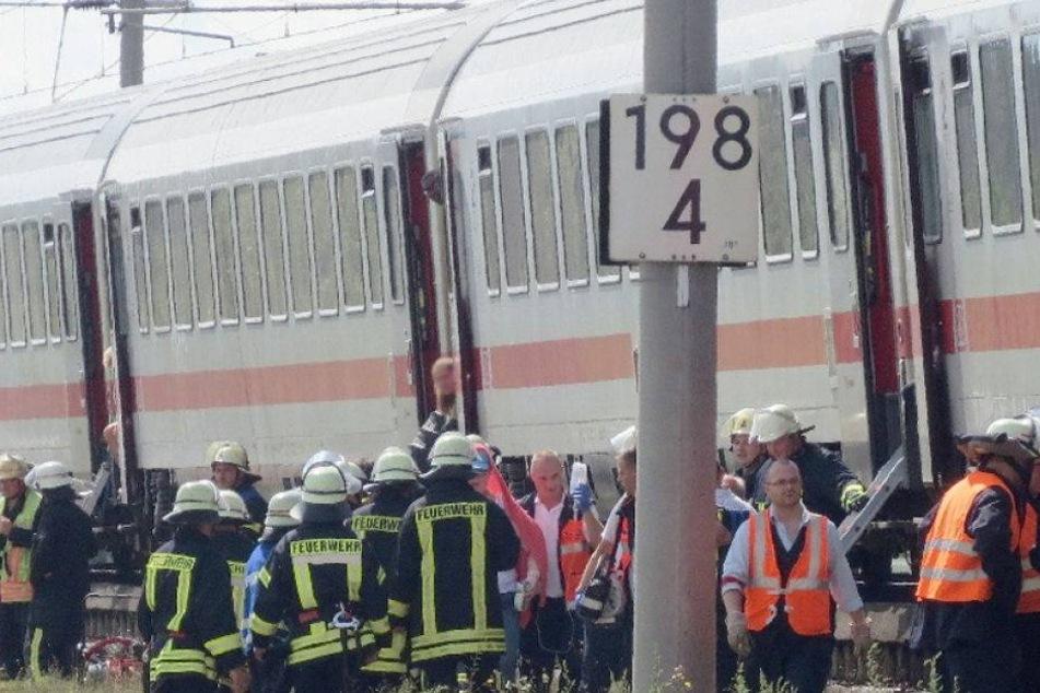 Klimaanlage in Zug fällt aus! Menschen erleiden Kreislaufkollaps