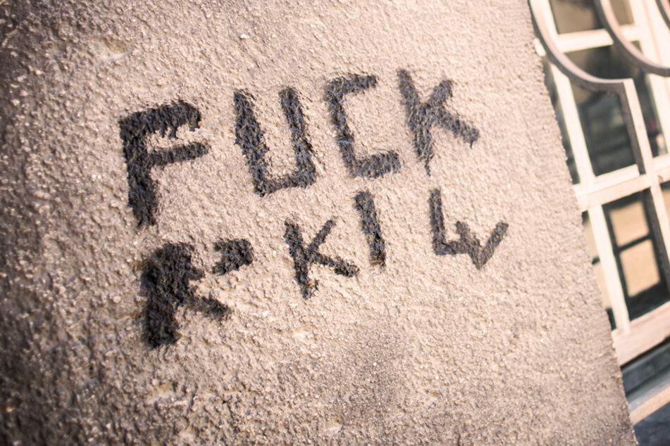 """FUCK RKI"": Corona-Krise färbt auf Graffiti-Vandalen ab"