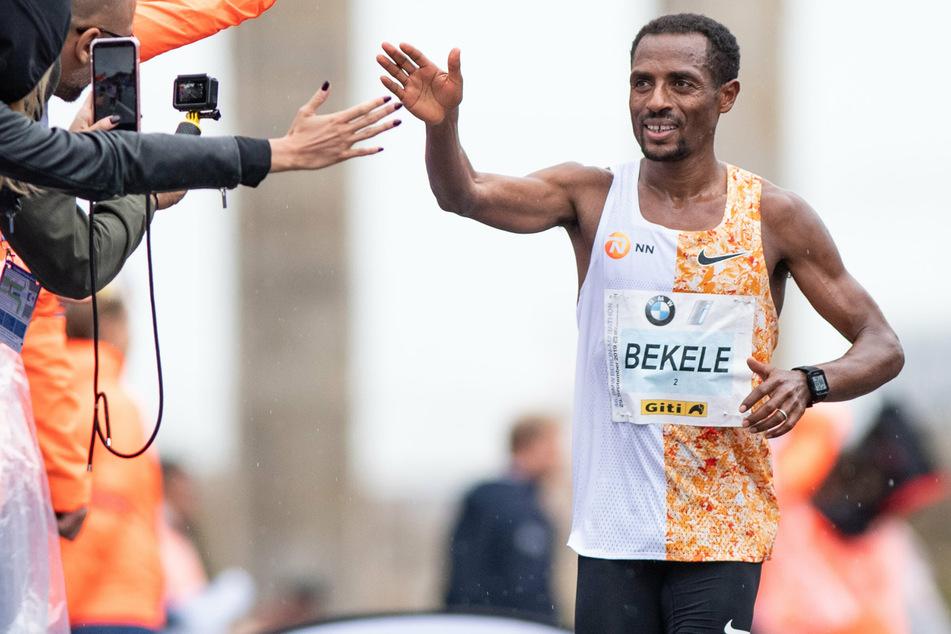 Kenenisa Bekele (39) gelang es nicht seinen dritten Sieg beim Berlin-Marathon zu holen. weil zwei Läufer schneller waren. (Symbolbild)