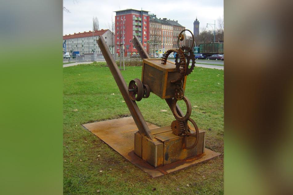 """Die Skulptur """"Antrieb-Auftrieb"""" wurde 2004 während eines Workshops hergestellt."""