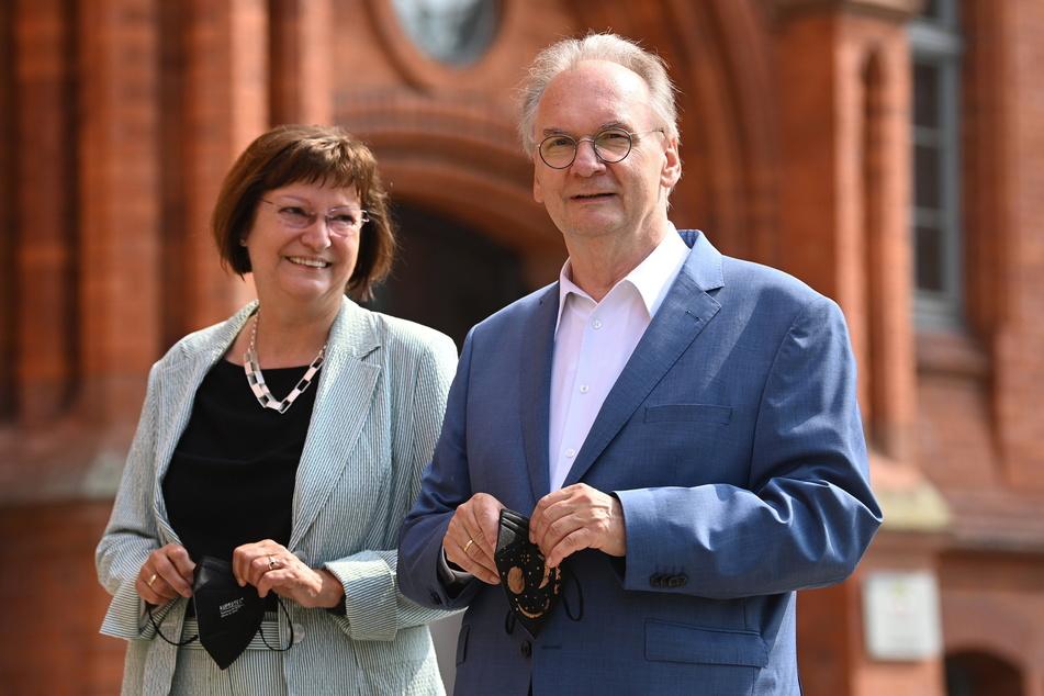 Gemeinsam mit Ehefrau Gabriele gab Haseloff seine Stimme in Wittenberg ab.