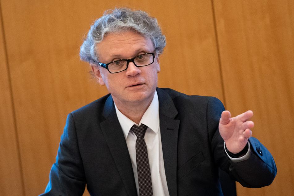 Murat D. hat den Hamburgischen Beauftragten für Datenschutz, Johannes Caspar (59), eingeschaltet. (Archivbild)