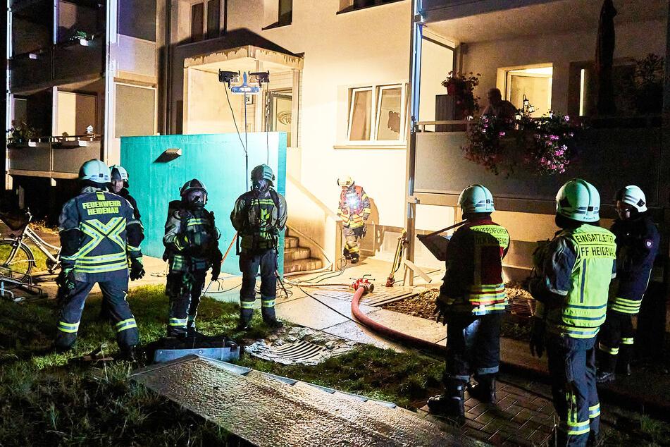 Die Feuerwehr musste in der vergangenen Nacht einen Kellerbrand auf der Rosa-Luxemburg-Straße löschen.