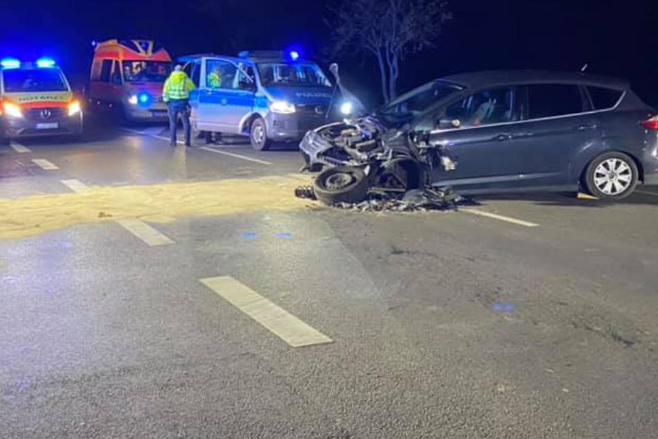 Sechs Verletzte bei Frontal-Crash nahe Leipzig