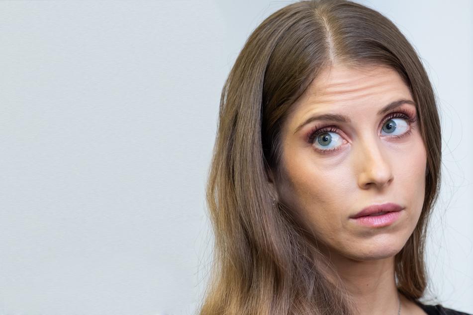 Spielerfrau Cathy Hummels (33) möchte sich auch weiterhin hin zu ihrer Beziehung äußern.