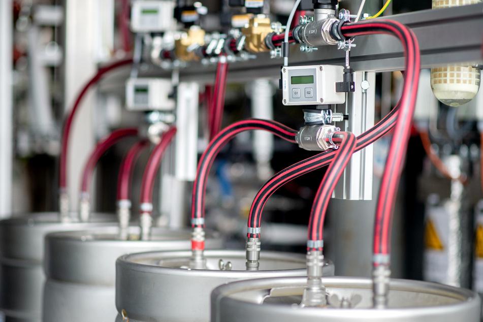 In einem Elektrolyseurs wird Wasserstoff produziert. (Symbolbild)