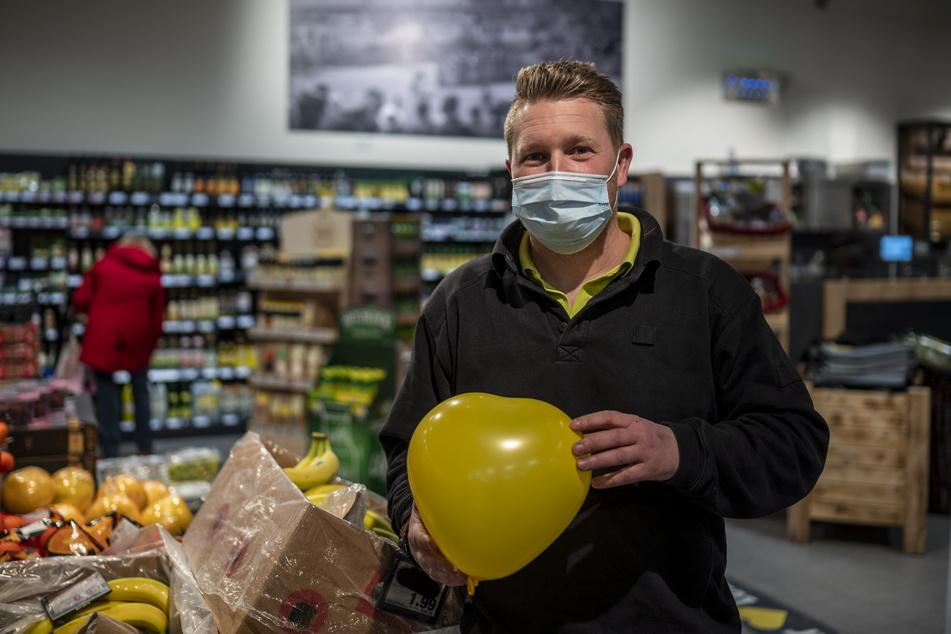 Marktchef Christian Meisel (37) will mit der Aktion wieder Schwung ins Single-Leben bringen.