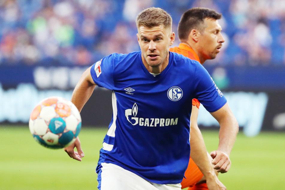 Tormaschine Simon Terodde (33, l.) ist zweifelsohne der Top-Transfer des Schalker Wechselsommers.