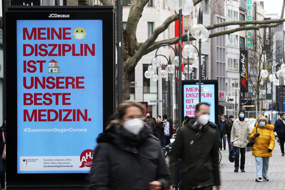 Die Inzidenzzahl ist in Nordrhein-Westfalen weiter leicht gesunken. (Symbolbild)