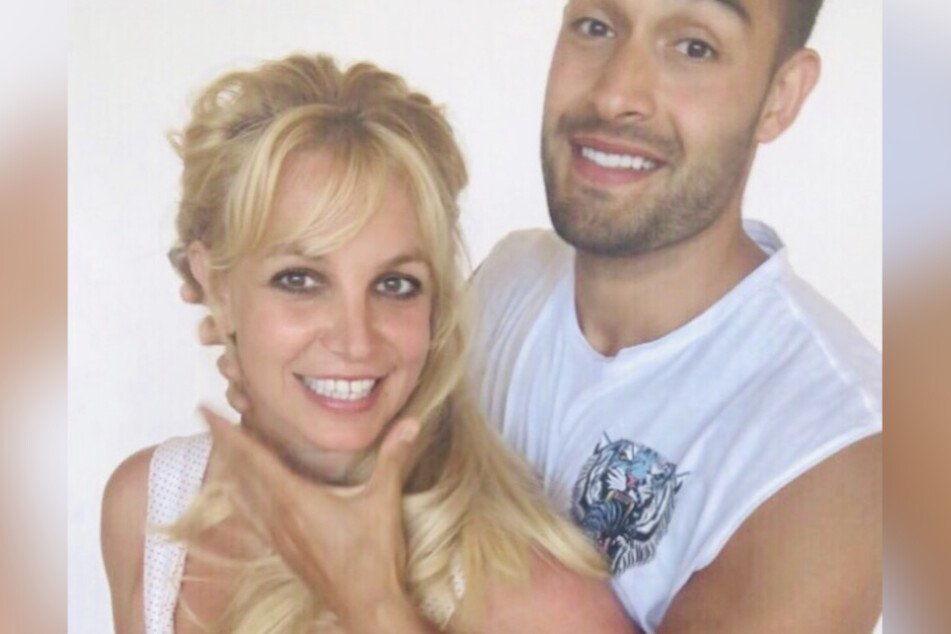 This snapshot of Britney Spears (39) and Sam Ashghari (26) made lots of fans uncomfortable.