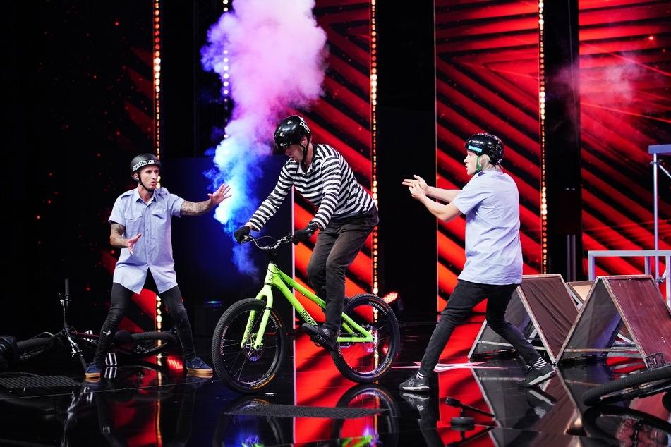 """Das Trial Bike Trio """"BIKE O'Clock"""""""