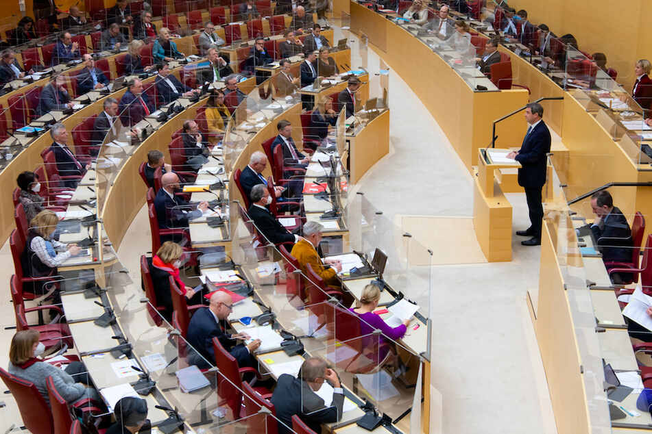 Im bayerischen Landtag stieß Markus Söder (rechts am Pult) mit seinem Konzept auf Kritik.