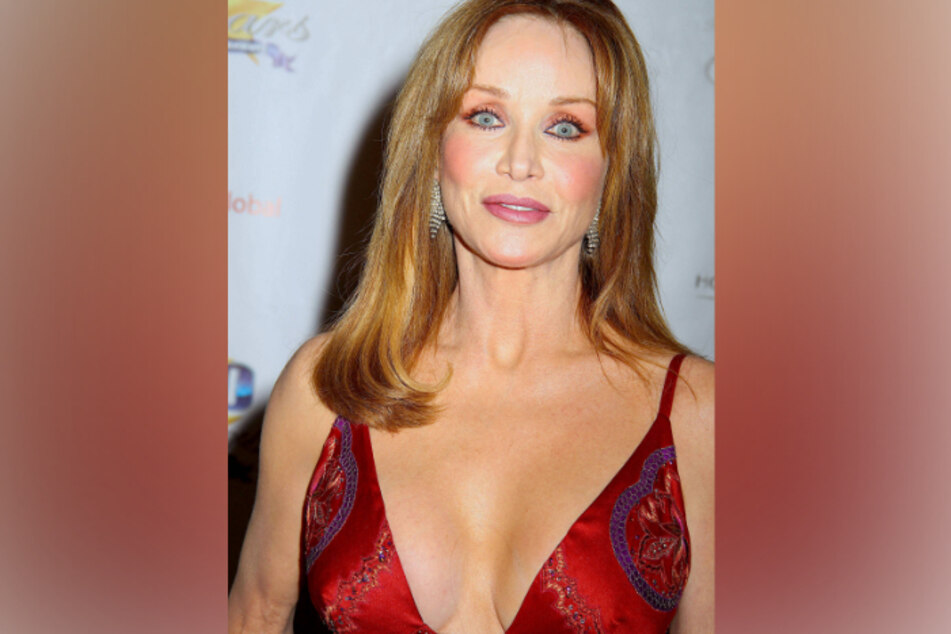 Tanya Roberts (65) is still alive, but in serious condition.