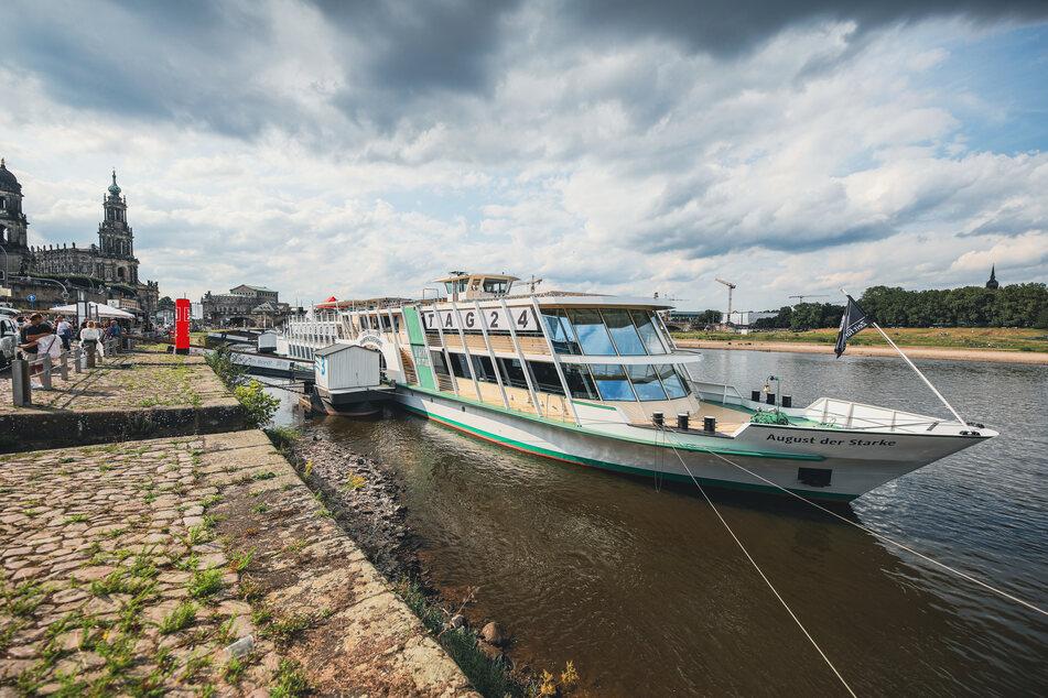 """Das TAG24-Partyboot ist eigentlich """"August der Starke"""" der Sächsischen Dampfschifffahrt."""