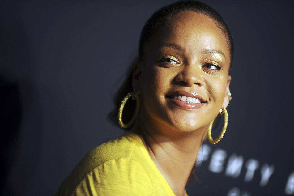 Rihanna's lingerie line is coming back in style!