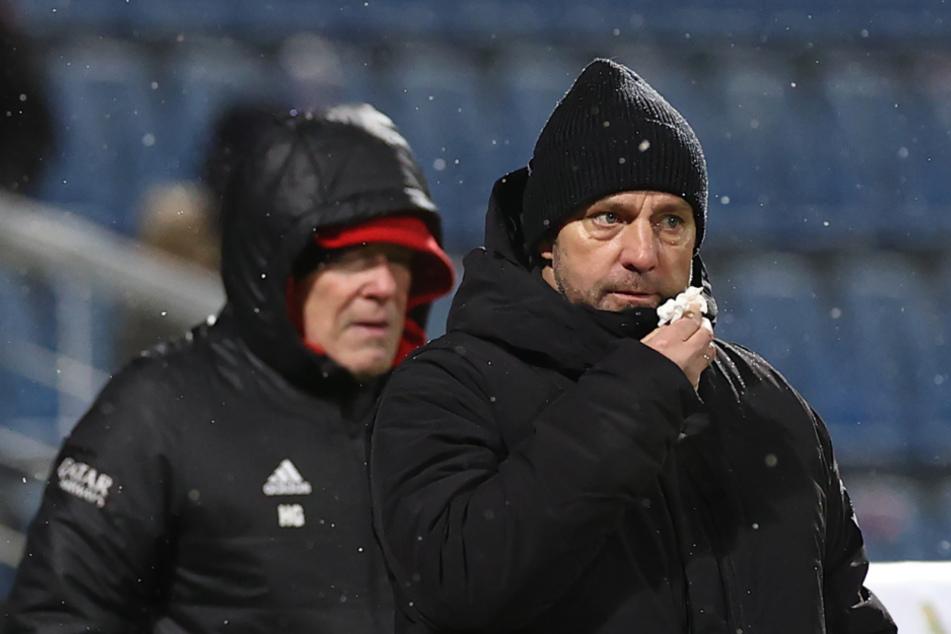 Bayern-Trainer Hansi Flick setzte gegen Kiel auf Rotation. Die Defensiv-Probleme bekam er nicht in den Griff.