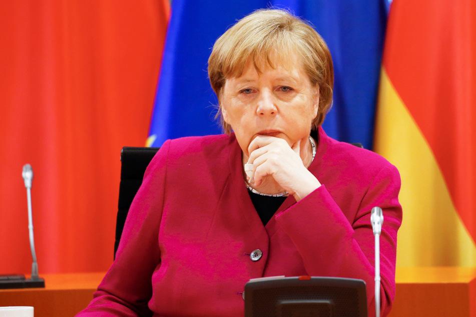 """Bundeskanzlerin Angela Merkel sieht offenbar bei Corona """"Licht am Ende des Tunnels""""."""