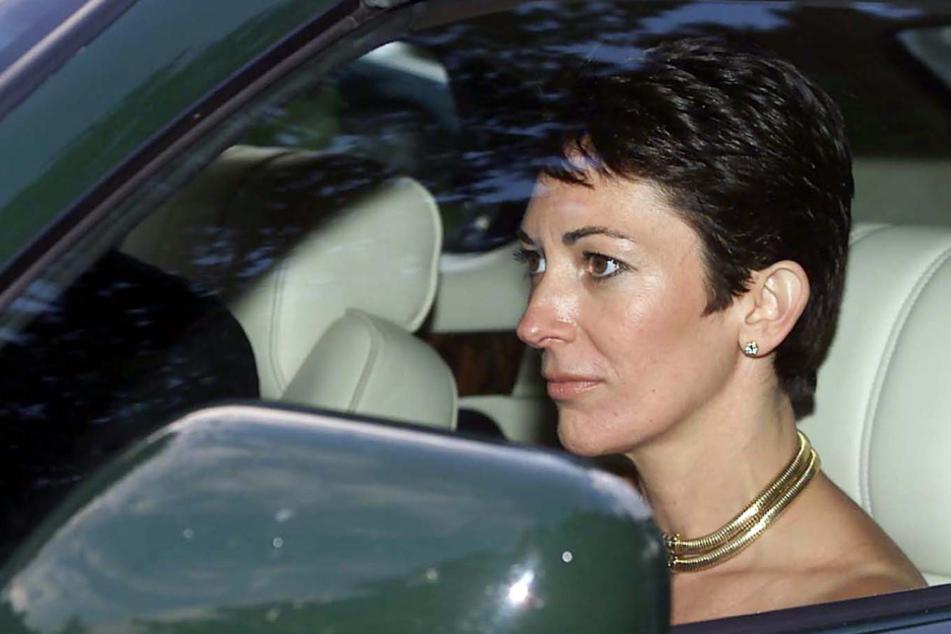 """Epsteins Vertraute Ghislaine Maxwell plädiert auf """"nicht schuldig"""""""