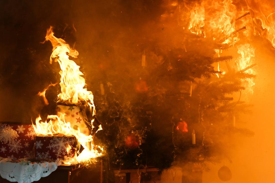 Brand-Katastrophe an Weihnachten verhindern: Tipps der Feuerwehr