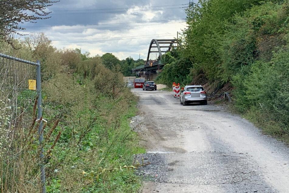 Tragödie an Bahn-Baustelle: Zwei Arbeiter von Zug erfasst und getötet