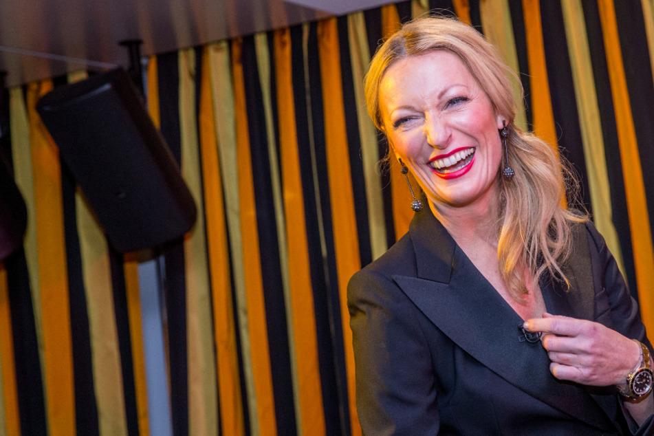 Monika Gruber lässt sich von emotionalem Video zu klasse Aktion inspirieren
