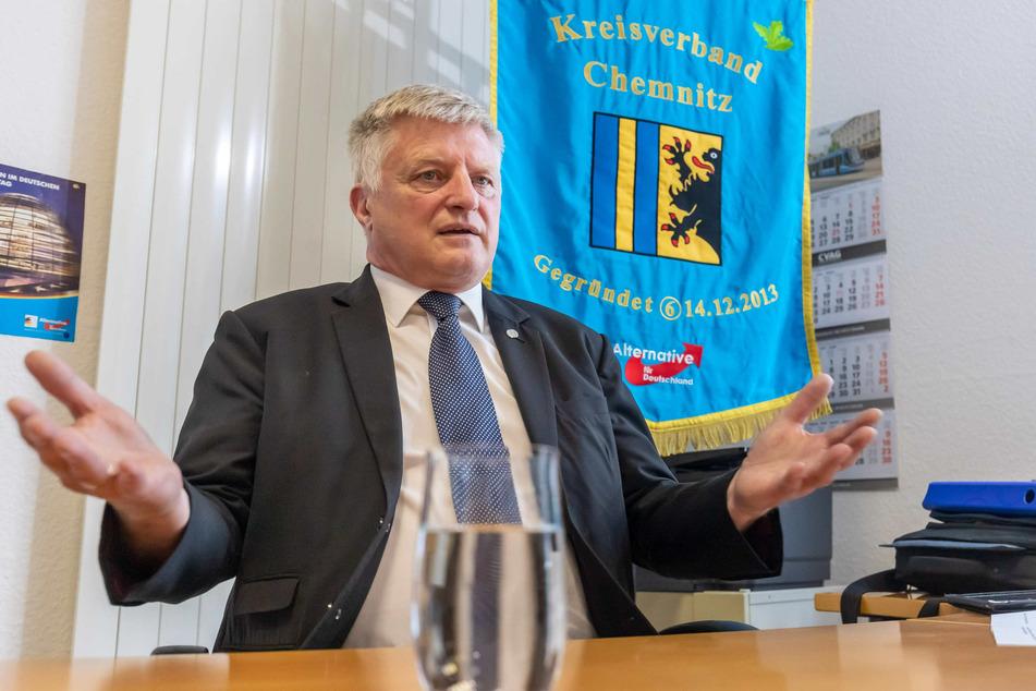 Will Nachfolger von Oberbürgermeisterin Barbara Ludwig (58, SPD) werden: AfD-Kandidat Ulrich Oehme (60).