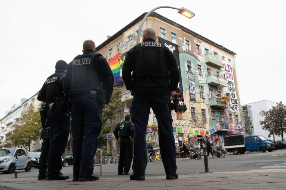 """""""Liebig 34"""": Räumung ist rechtens, erste Übergriffe auf Polizeibeamte"""