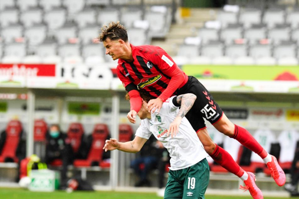 Robin Koch obenauf: Mehrere Top-Klubs sind am deutschen Nationalspieler, der beim SC Freiburg unter Vertrag steht, interessiert.