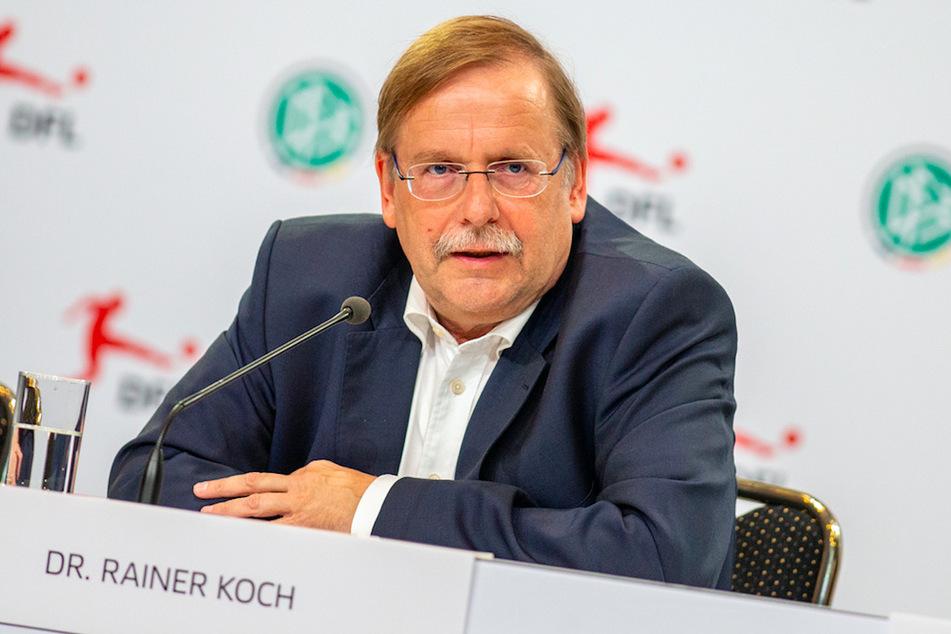 DFB-Vizepräsident Rainer Koch (61) warnt vor vagen Prognosen zum Fußball.