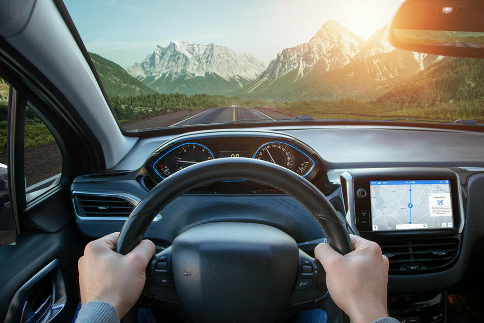 Entspannt am Ziel ankommen: mit Navigationsgeräten sollte das (hoffentlich) kein Problem sein. (Symbolbild)