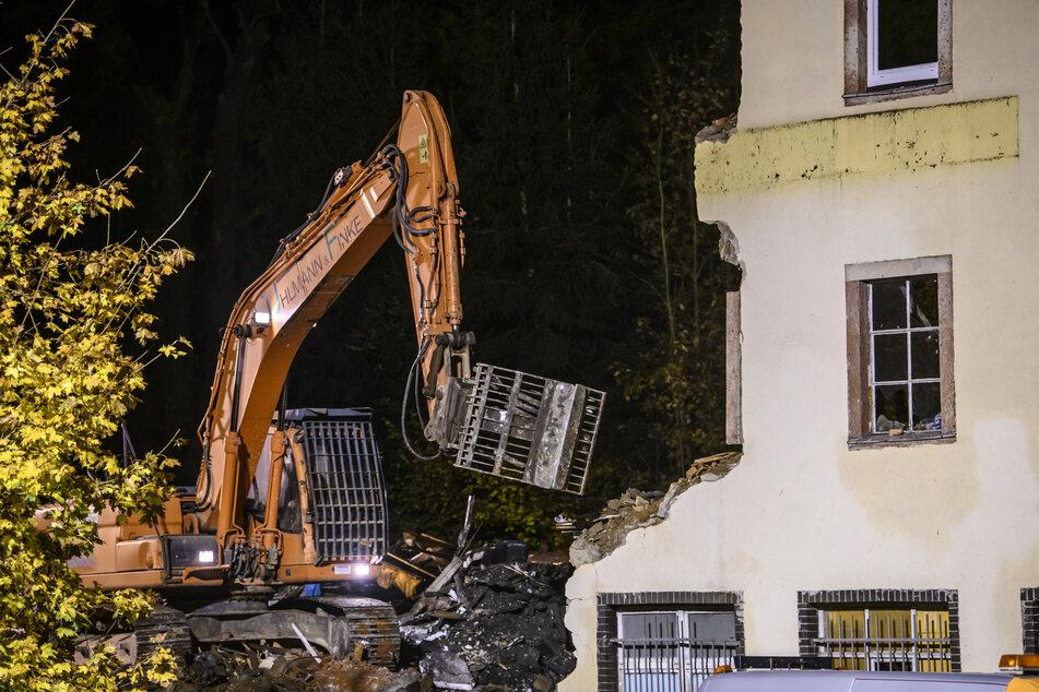 Gefahr! Bürgermeister lässt das Auerswalder Brandhaus abreißen