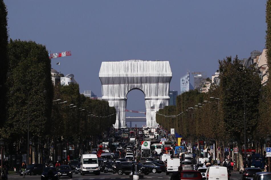 Christos letztes Kunstwerk: Vom 18. September bis 3. Oktober war der Pariser Triumphbogen verhüllt.