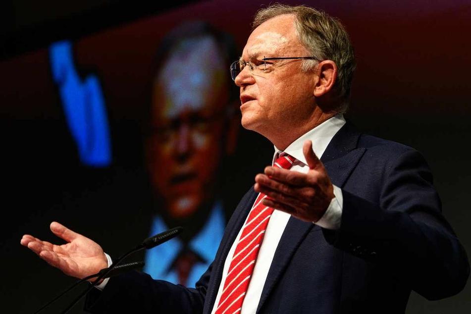 Stephan Weil (62), Ministerpräsident von Niedersachsen, fordert eine Testpflicht für Reiserückkehrer.