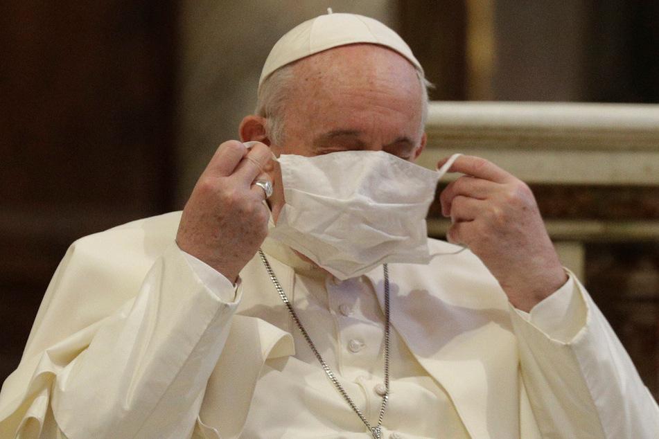 Papst Franziskus (83) wendet sich ab sofort per Livestream an die Gläubigen.